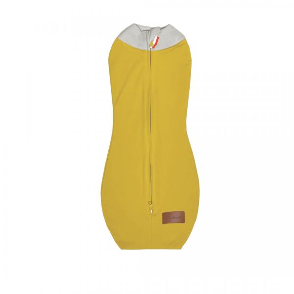 Musztardowy otulacz dla noworodka z szarym kołnierzykiem | Kokonik